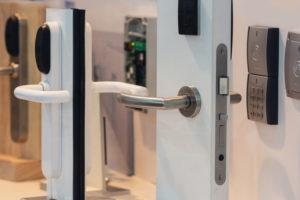 Door & Cabinet Hardware